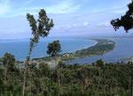 Blick vom Monte Argentario auf den «Verbindungsdamm» zum Festland