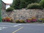Blumenschmuck am Strassenrand
