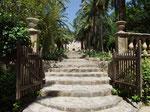 Eingang zu den Jardins Alfabia . . .