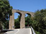 Keine Brücke, sondern ein alter Wasserviadukt in der Nähe von Sa Calobra