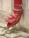 Künstlerischer Dachwasser-Auslauf