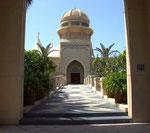 Eingang zum exklusiven Verkaufspavillon der Villenanlage «The Palm»,