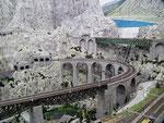 Schöne Brückenanlage im Schweizer Abschnitt
