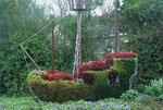 Blumengeschmückter Verkehrskreisel