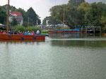 Motorboote sind nur mit Elektromotor auf dem See erlaubt