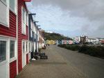 Die Promenade im Unterland mit den bunten «Fischer»-Hütten