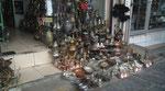 Türkischer Bazar breitet sich auf den Gehweg aus