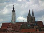 Blick auf die Türme der St. Jakobs-Kirche
