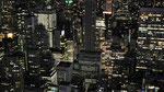 Dunkel wird es nie in Manhattan - immer brennt irgendwo ein Lichtlein