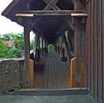 Die schöne Holzbrücke bei der Spitalbastei