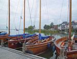 Die typischen Boote bieten Platz für 25-30 Personen und werden in Steinhude gebaut