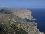 . . . ums Kap Formentor weist