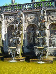 Der Treppenbrunnen mit dem schönen Wasserspiel