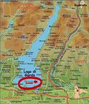 Der langgezogene Gardasee mit der Halbinsel-Zunge Sirmione