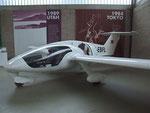 His master's Air Craft: Fokker-Fanliner den Prof. Colani selber fliegt. Angetrieben durch NSU-Wackelmotor in der Flugzeugmitte platziert für optimale Flugeigenschaften