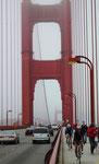 San Francisco Golden Gate Bridge: Im Sommer sehr oft im Nebel