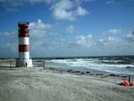 Der grosse markante, ehemalige Leuchtturm auf der Dünen-Insel