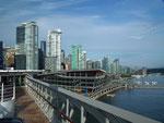 Am frühen Morgen Einfahrt in den Hafen von Vancouver
