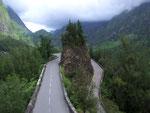 Eindrückliche Fahrt von rund 30 km mit über 400 (!) Kurven ins Bergdorf «Cirque du Cilaos»