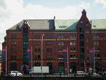Prächtig renoviertes Backsteingebäude mit der Modelleisenbahn Wunderland