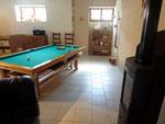 Salle de séjour côté Billard - Gîte insolite Lorraine