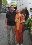 Ursula Laquay-Ihm und Gerd Leibrock vor dem Kameralamt in Waiblingen (0469)