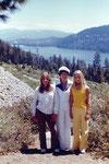 1975: Donner Lake, mit Mutter und Freundin