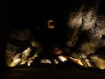Die Cueva de los Verdes ist eine Lavaröhre ...