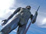 Bronze eines Königs (4.5 Meter hoch)