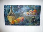 """""""Stilleben mit Weinflasche und Äpfeln"""", Ölgemälde auf Leinwand, Format 61x108 cm, r.u. sign., (1965), Preis auf Anfrage"""