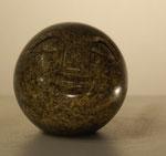 """""""Ball Head"""", Maße: ø 6cm, Gewicht: 0,45kg, Serpentinstein, 25,-€"""