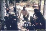 Pause thé avec les indigènes.