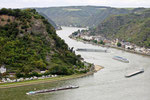 Blick vom Loreleyfelsen am Rhein