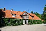 Schloss Weissenhaus, Nebengebäude,  Wangels