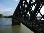 Noch 14,5 km bis Koblenz, das schaffen wir, auch über die Brücke