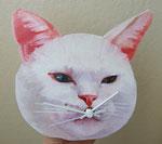白猫ーゆかいなじかんー 13-23×17-20㎝ 2017 板・油彩・テンペラ(混合技法)・ムーブメント