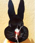 黒うさぎーゆかいなじかんー 13-23×17-20㎝ 板、油彩、テンペラ(混合技法)・ムーブメント