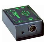 Palmer Audionomix PAN-02: aktive-DI-Box, mono. Klinke rein, xlr raus, so hat man einen relativ konstanten Pegel für die Aufnahme, der unabhängig von den Verstärkereinstellungen ist. Kann über 9V Batterie oder 48V Phantomspeisung betrieben werden.