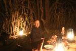 Abendessen unter freiem Himmel: Boma