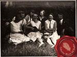 1920 ca. Muchacha con guitarra post-romántica