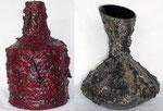 Zwei alte Vasen die ein neues Outfit aus Asche,Splitt und Acrylfarbe bekommen haben.