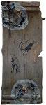 Olles Brett, 40 x 100 cm, Acrylfarbe, Asche, div. Gegenstände.