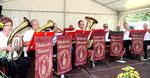 Blasmusik auf dem Altreetzer Dorfplatz