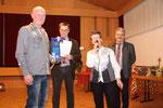 Wolfgang Höfling wird für 25 Jahre Vereinszugehörigkeit geehrt