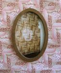 Les traces du temps, photo, cadre et tapisserie, 2004