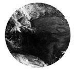 Cavité, fusain sur papier, 130 x 130 cm
