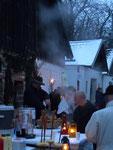 Zu den Adventmärkten geht es in der Kellergasse hoch her, denn es gibt zu essen und zu trinken ...