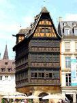 Vis-à-vis vom Münster: Haus Kammerzell, für mich das Haus der Häuser