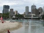 künstliches Strandbad im Zentrum von Brisbane