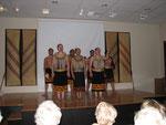 Auftritt einer Maori-Gruppe im Nationalmuseum in Auckland